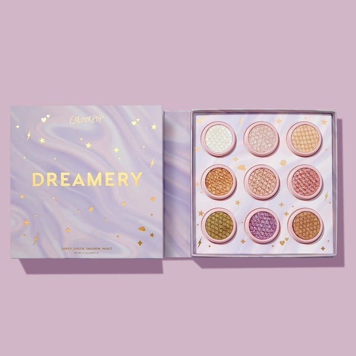 Nine shimmery eye shadows