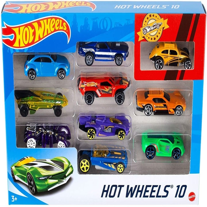 10 Hot Wheels cars