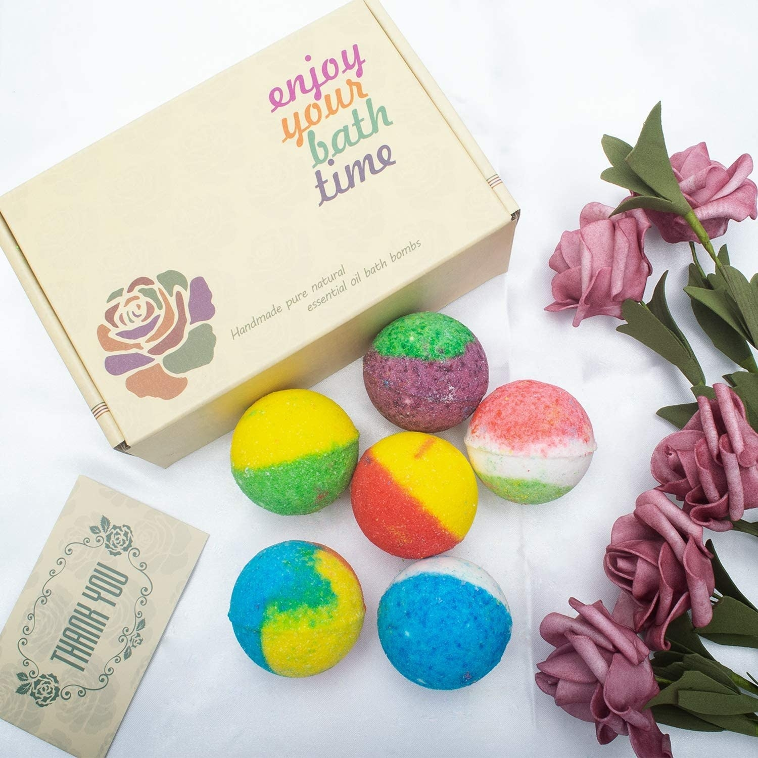 round bath bombs in various colors