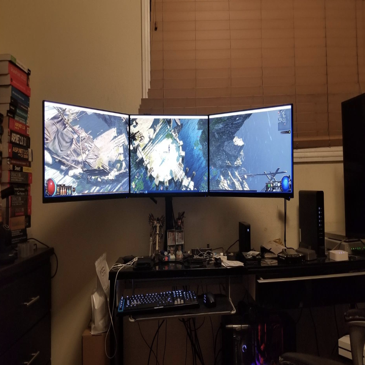 A reviewer image of three of the monitors attached to each other
