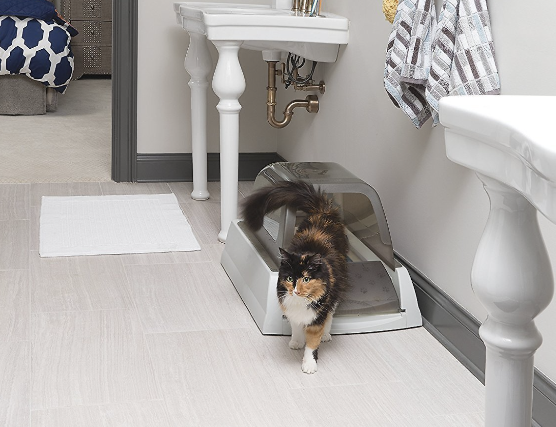 Scoopfree ultra automatic litter box in taupe