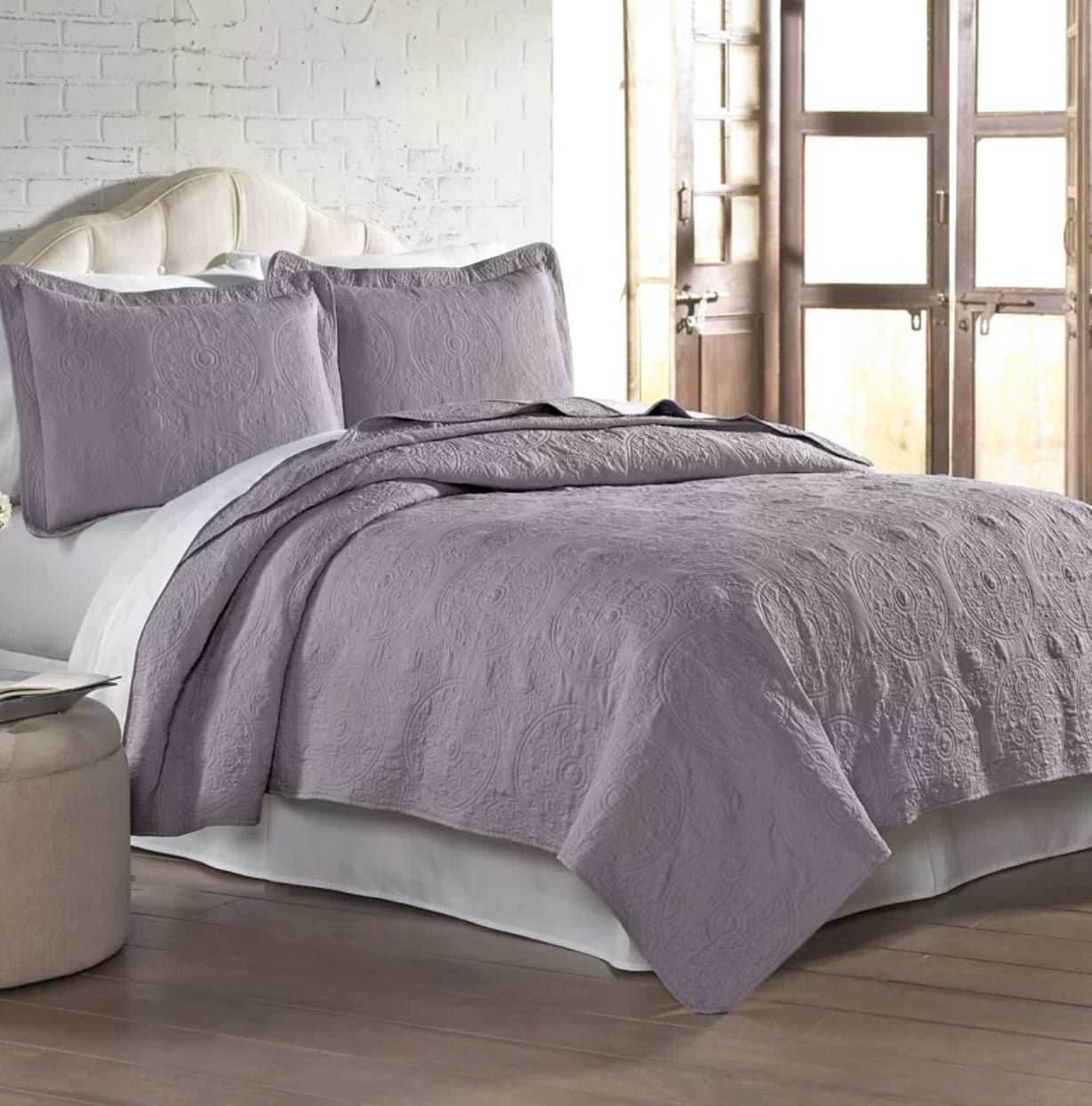 The quilt set in lavendar