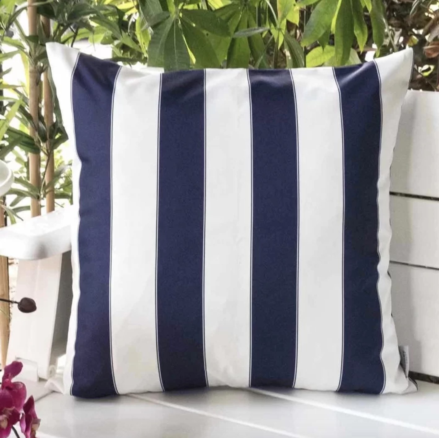 The set of two striped pillows in navy
