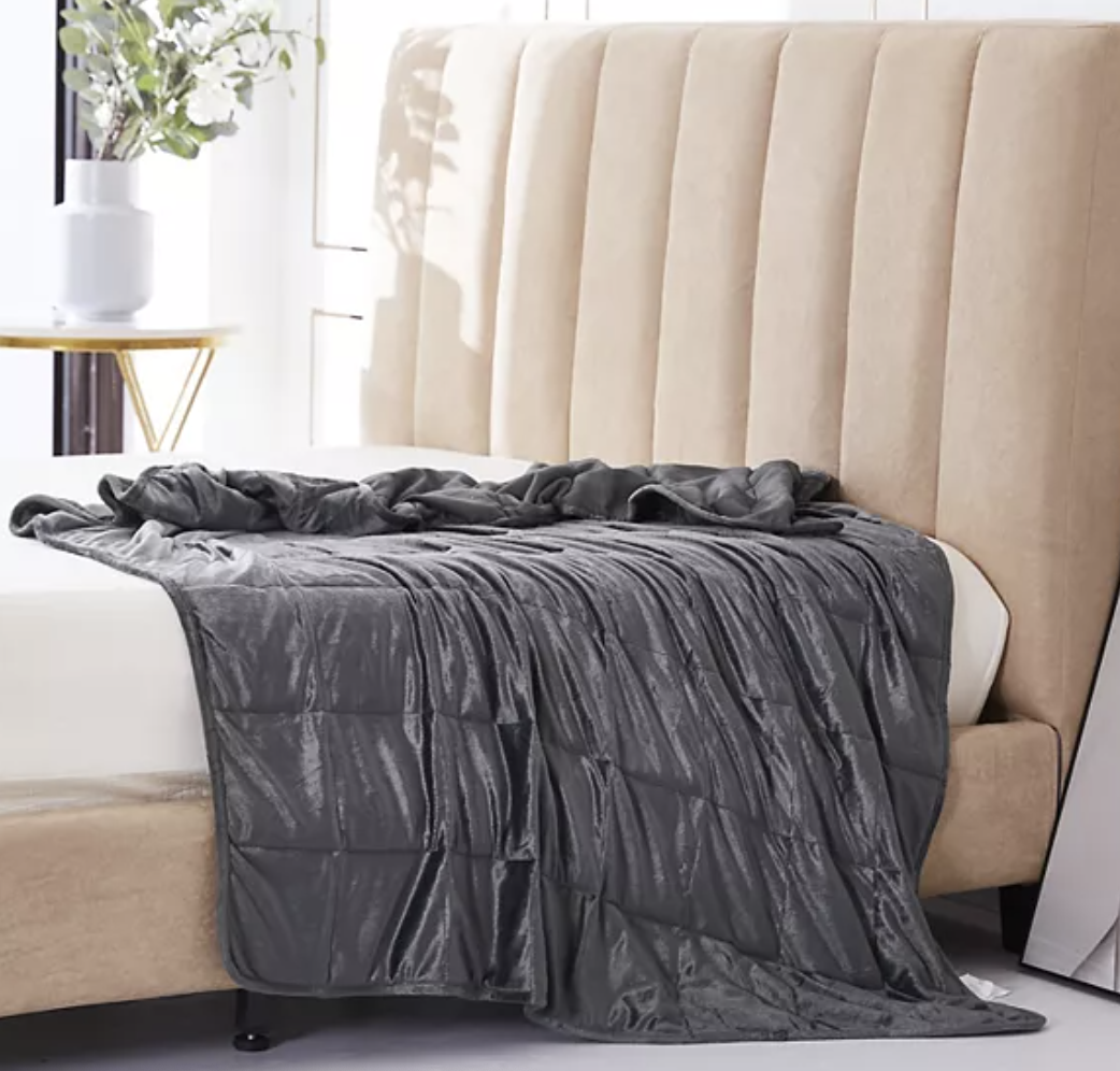 12 lb. plush weighted blanket