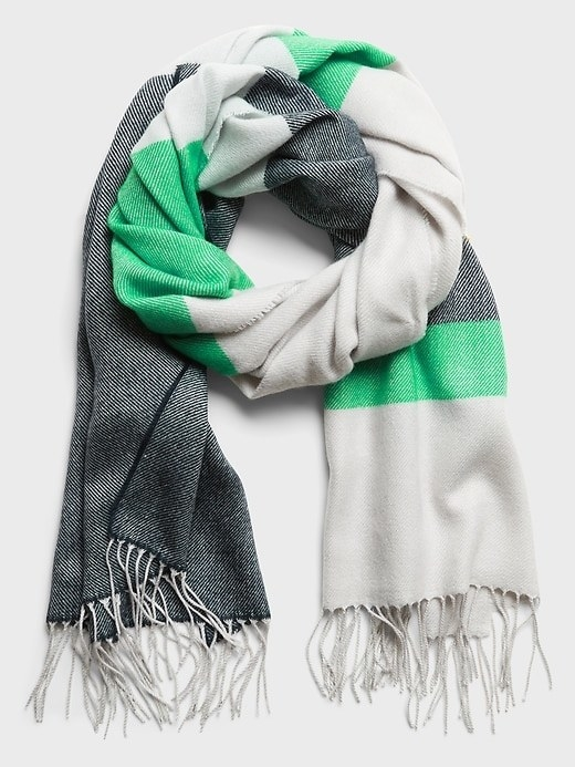 The colorblock scarf in green stripe