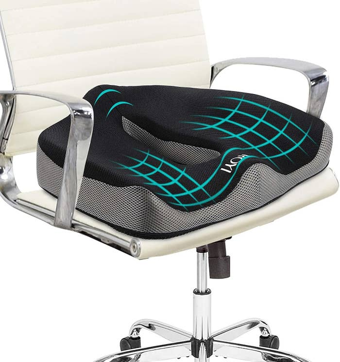 office chair with the seat cushion in it