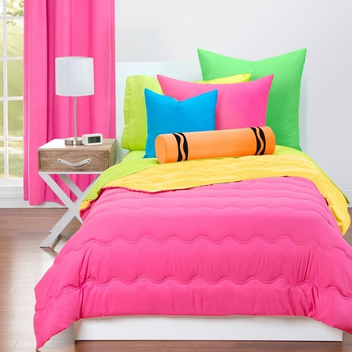 Crayola bedding set