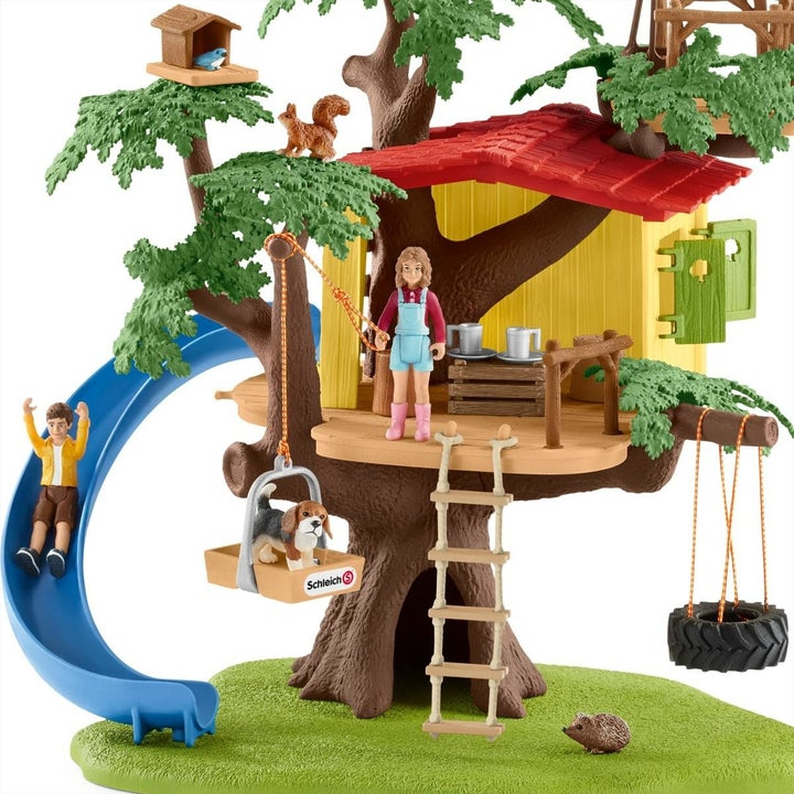 adventure tree house out of the box and set up
