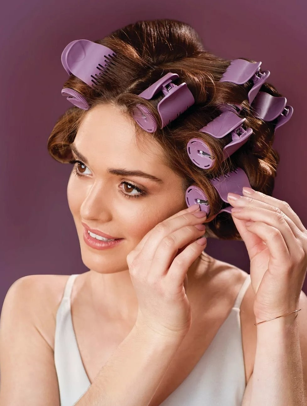 A model using the hot rollers
