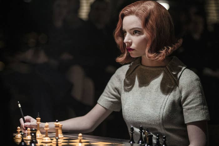 Beth playing chess in The queen's Gambit