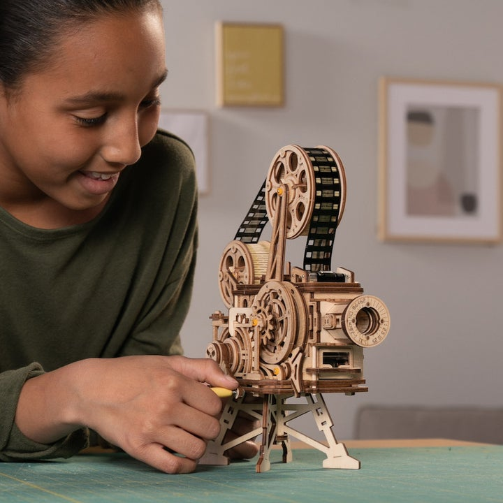 the Puzzle Gears movie projector