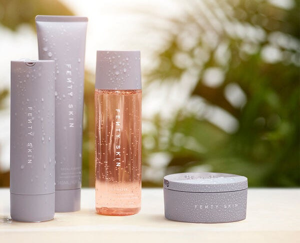 the skincare products that come in the set