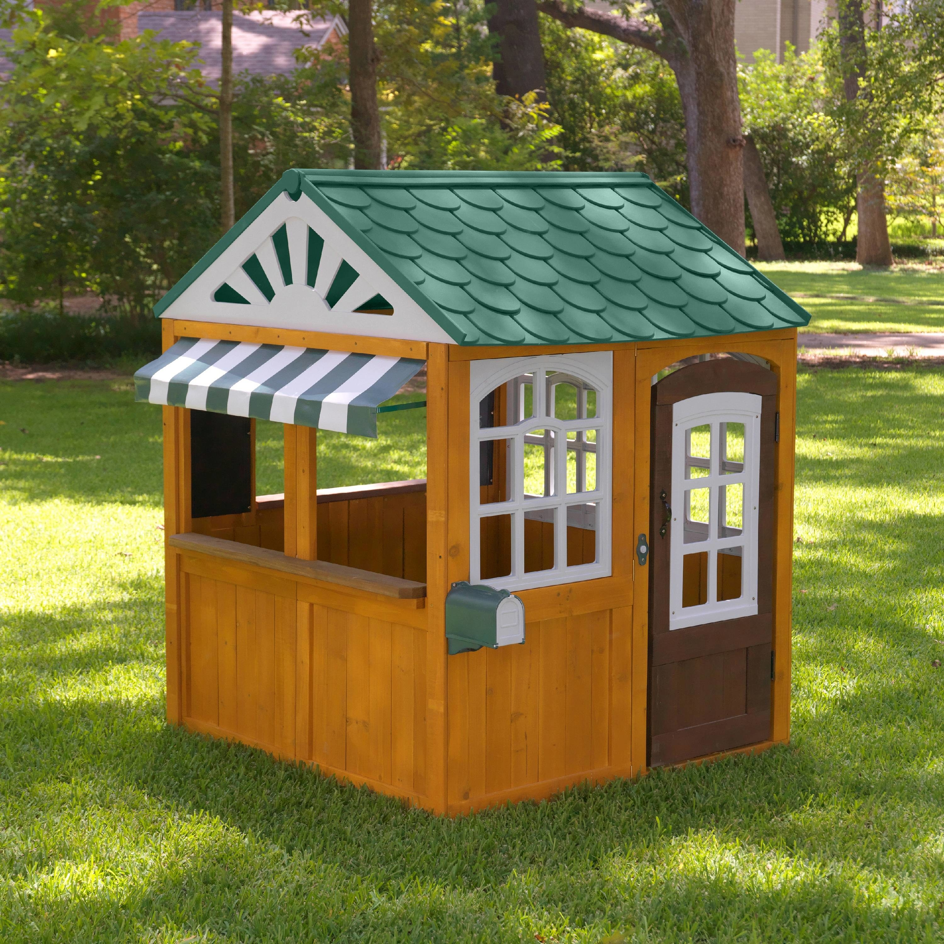 The outdoor playhouse