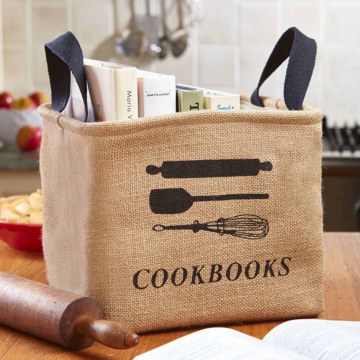 Beige cookbook basket with black details and black handles