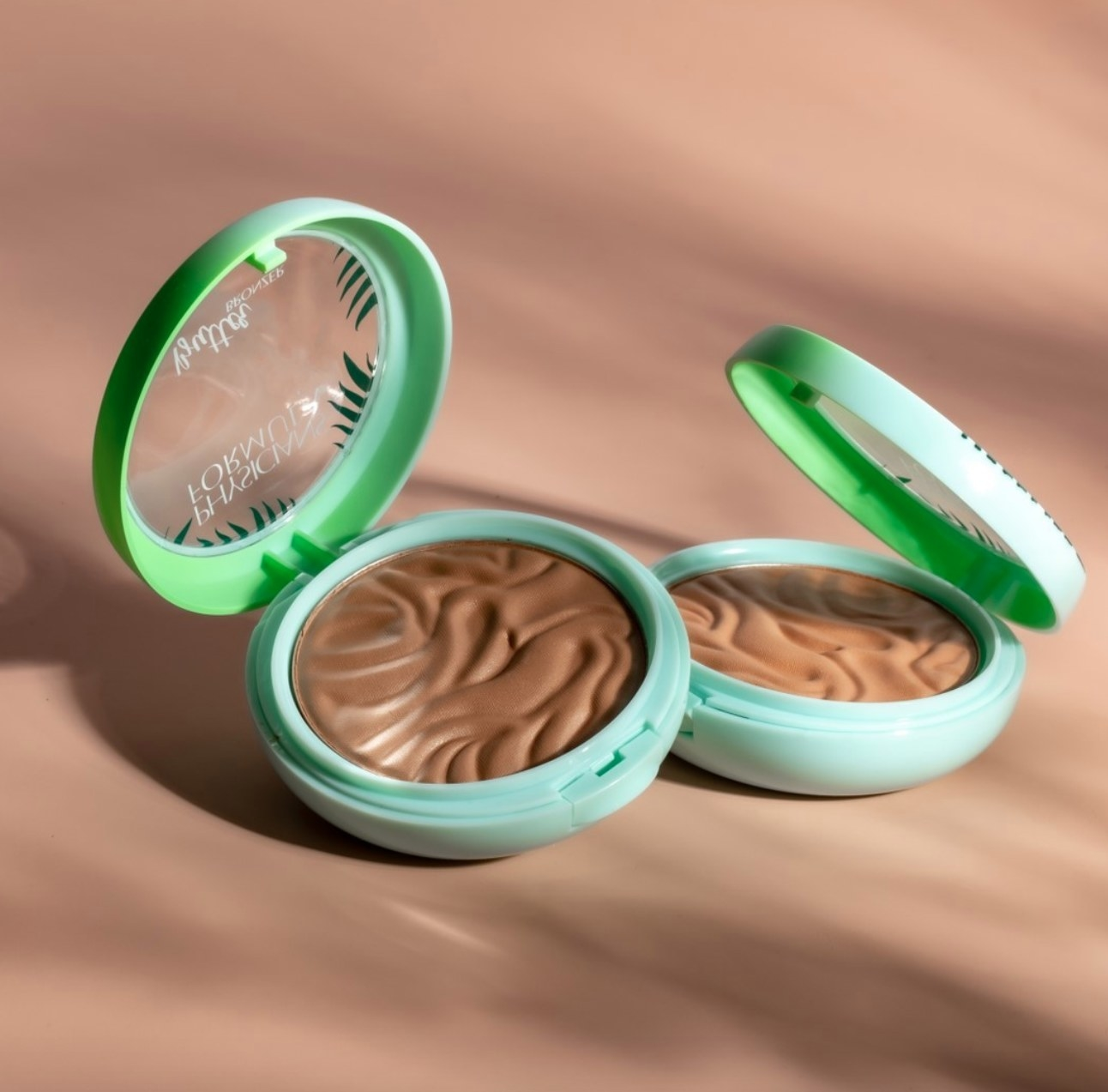 The bronzer in a tan shade