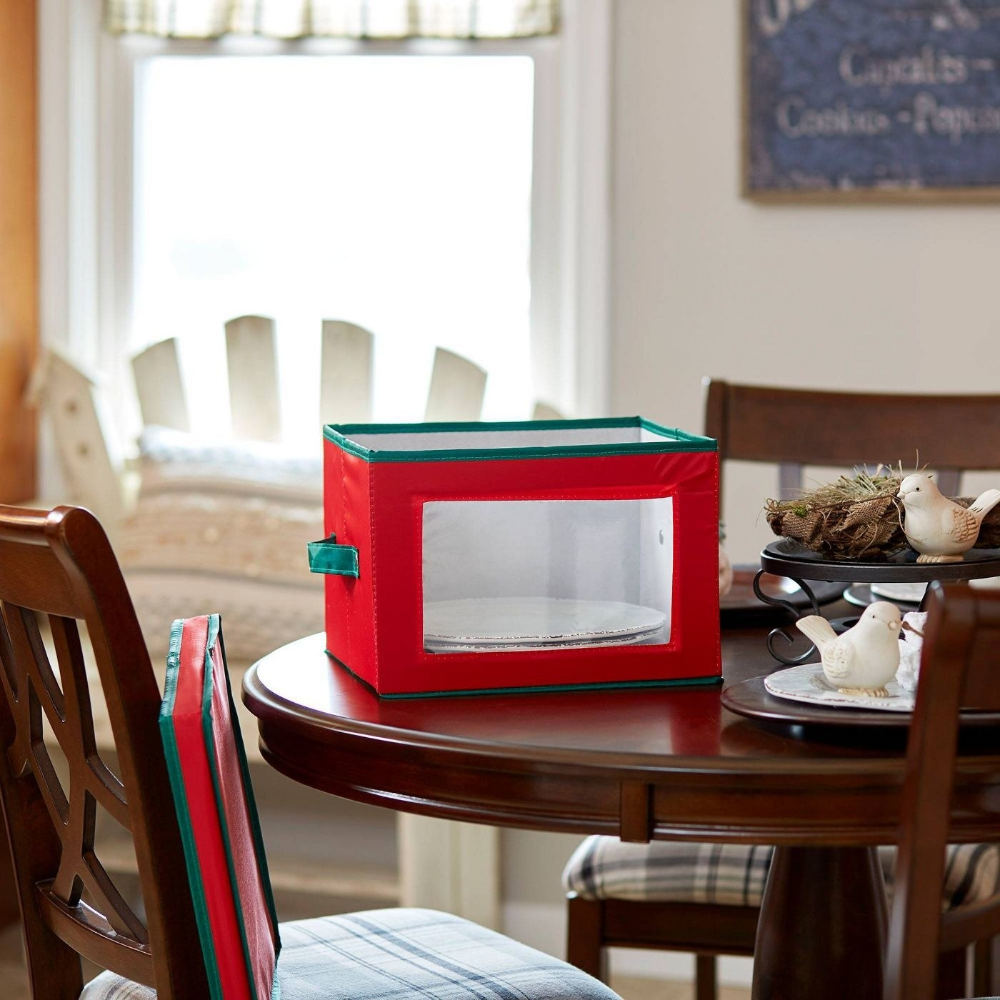 Red and green plate storage box with clear window