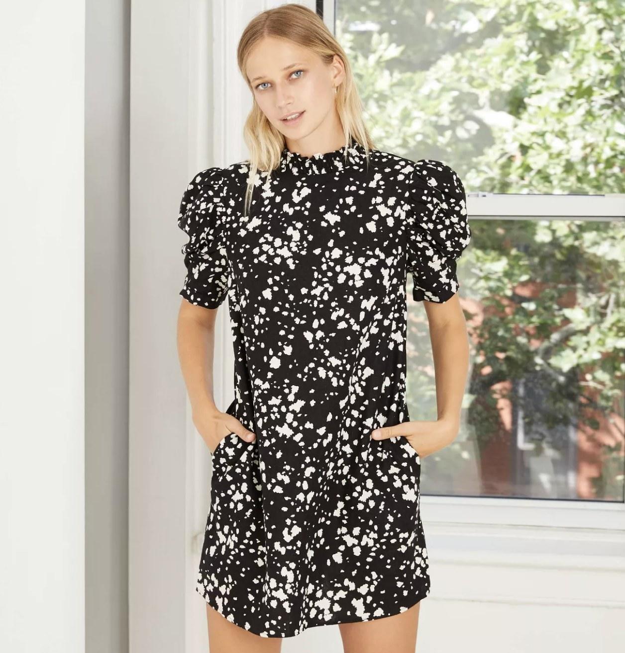 black and white puff short-sleeve ruffle dress