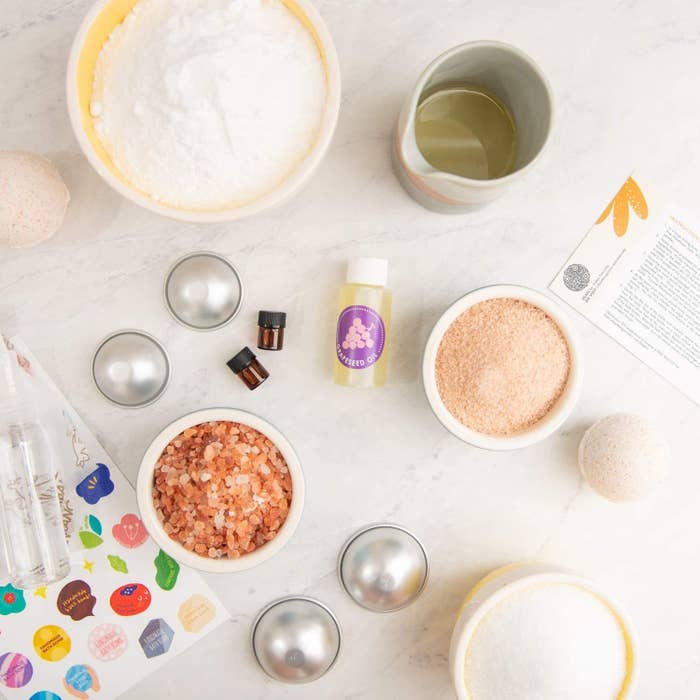 Packaging with all ingredients to make bath bombs on display