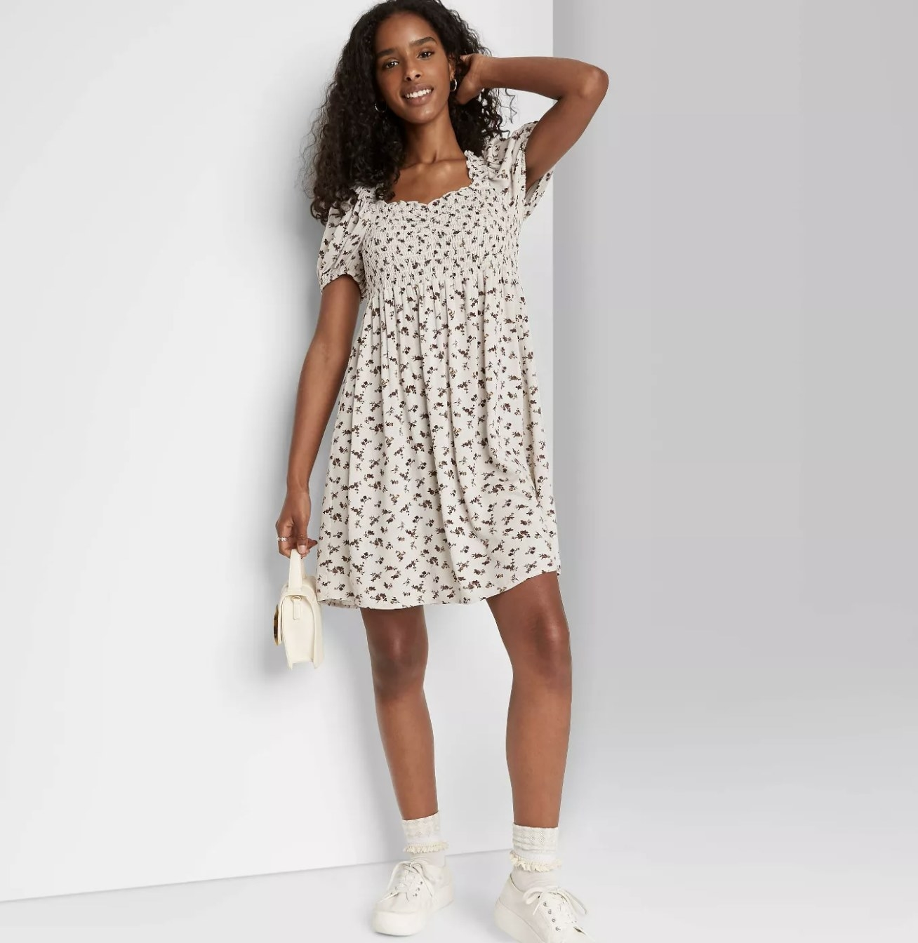 short puff-sleeve printed dress in ivory floral