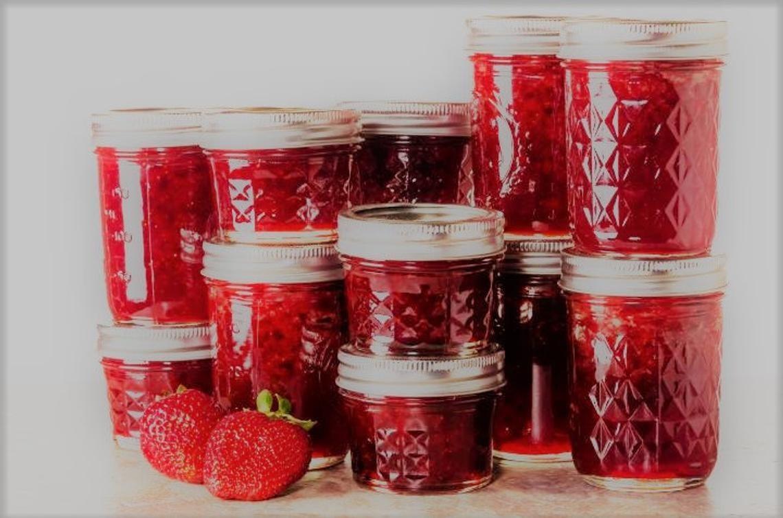 various sizes of strawberry jam