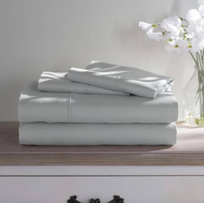 The set of sheets in light gray