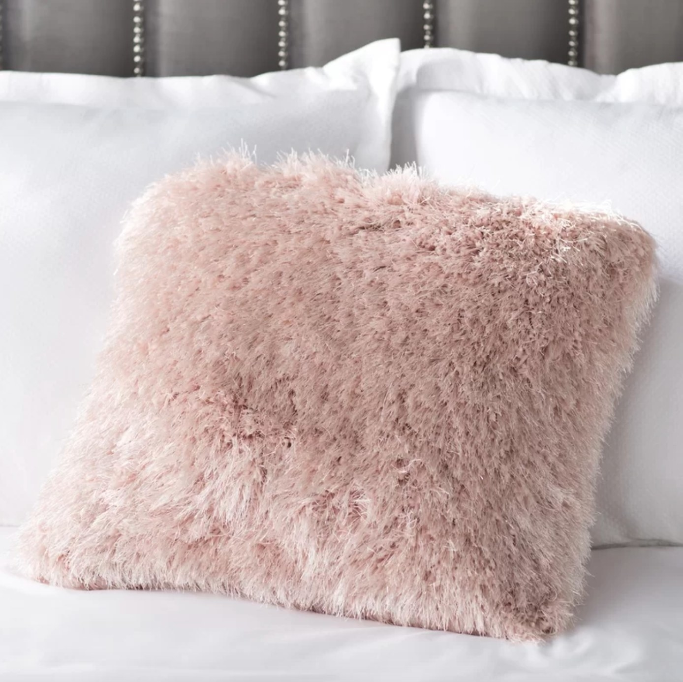 The shag square pillow in rose