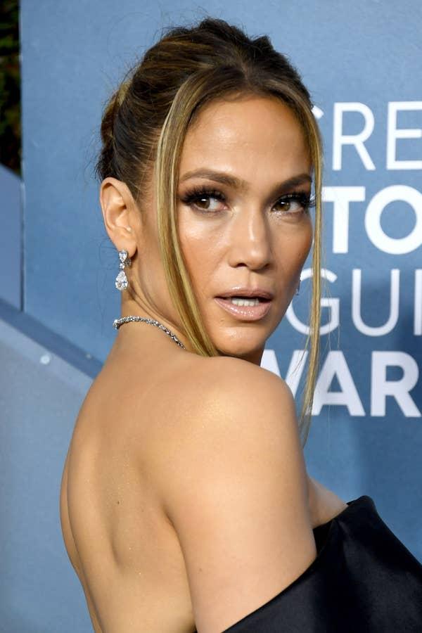 Jennifer Lopez menghadiri Penghargaan Screen Actors Guild Awards ke-26 di The Shrine Auditorium pada 19 Januari 2020 di Los Angeles, California.