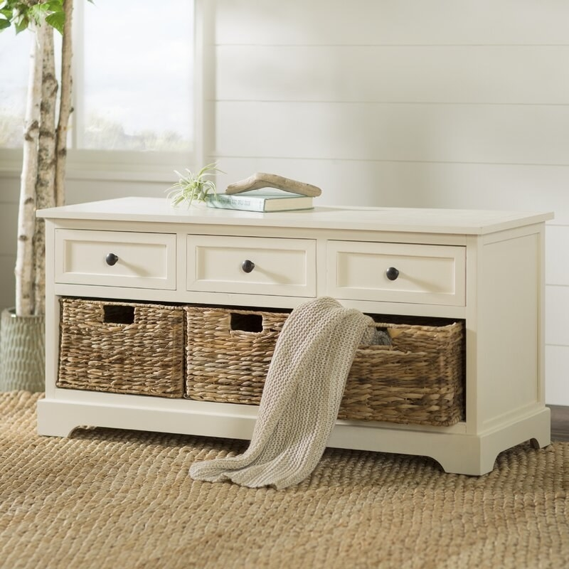 The storage bench in ivory