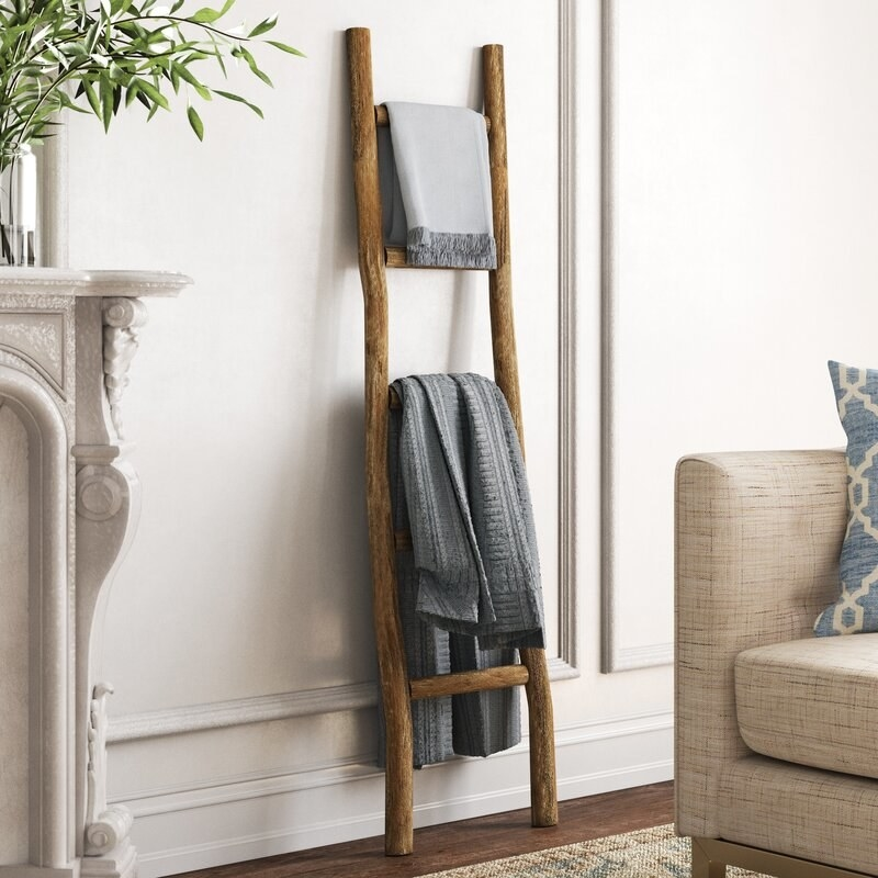 The blanket ladder in walnut