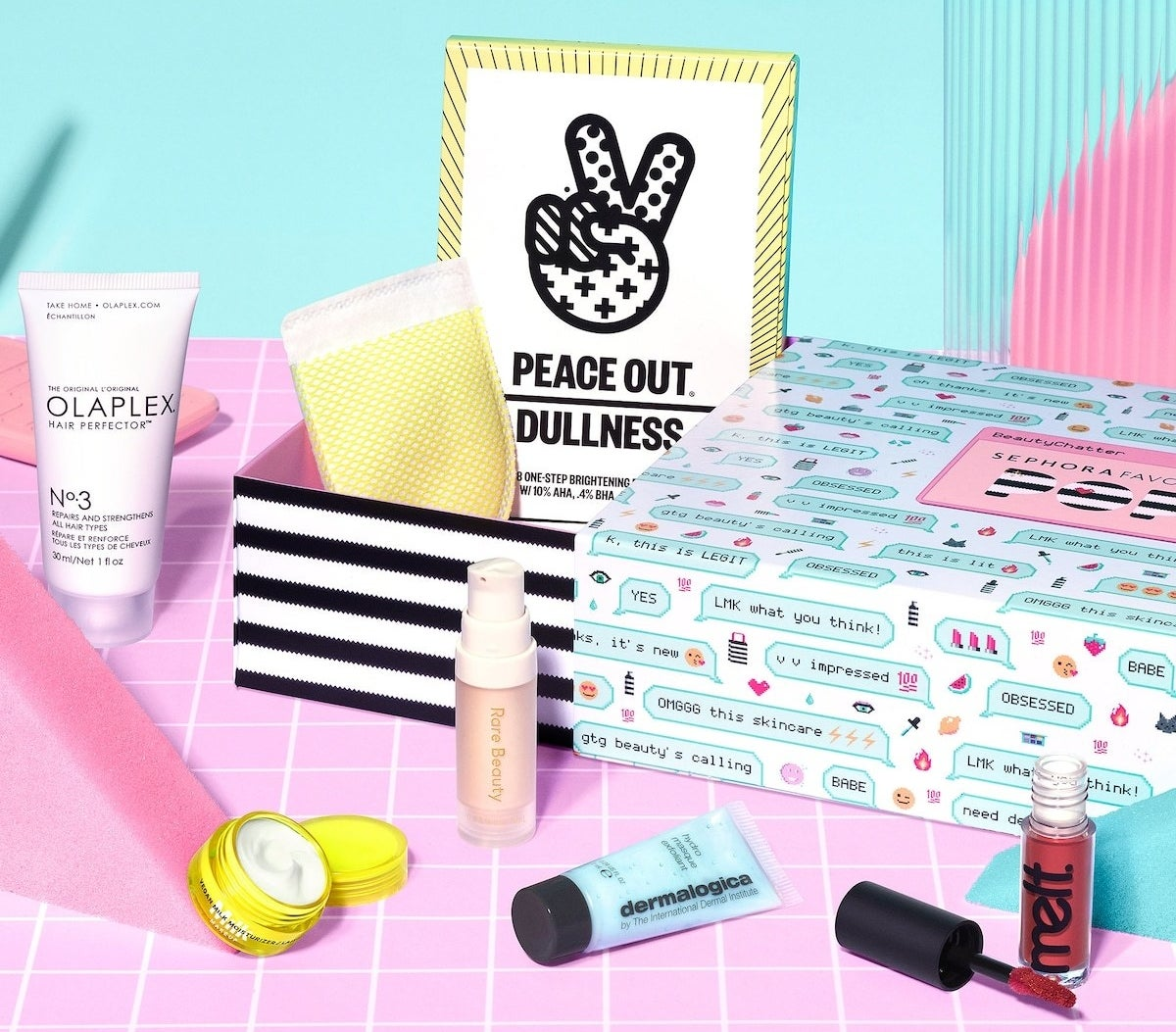 the various products that come in the gift set