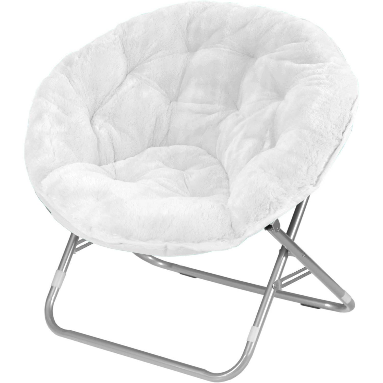 a white fluffy chair