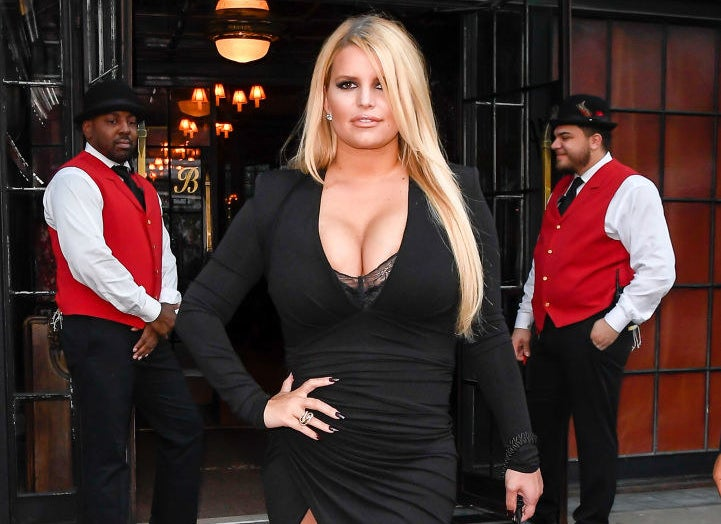 Jessica Simpson arrives at a hotel in SoHo