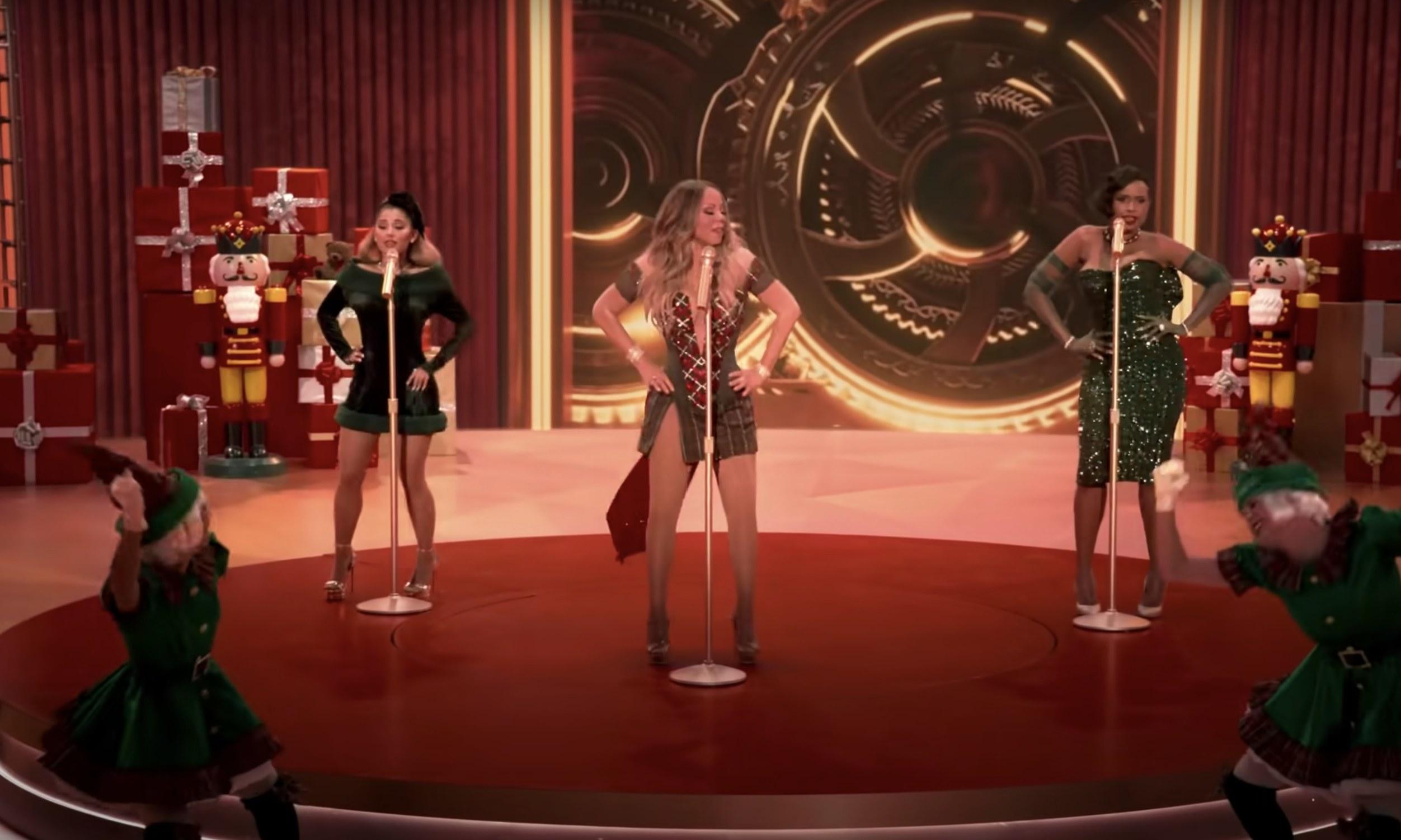 Mariah Carey, Ariana Grande, and Jennifer Hudson singing