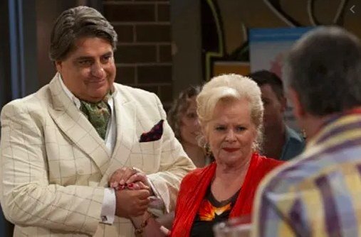 Matt Preston on the set of Neighbours