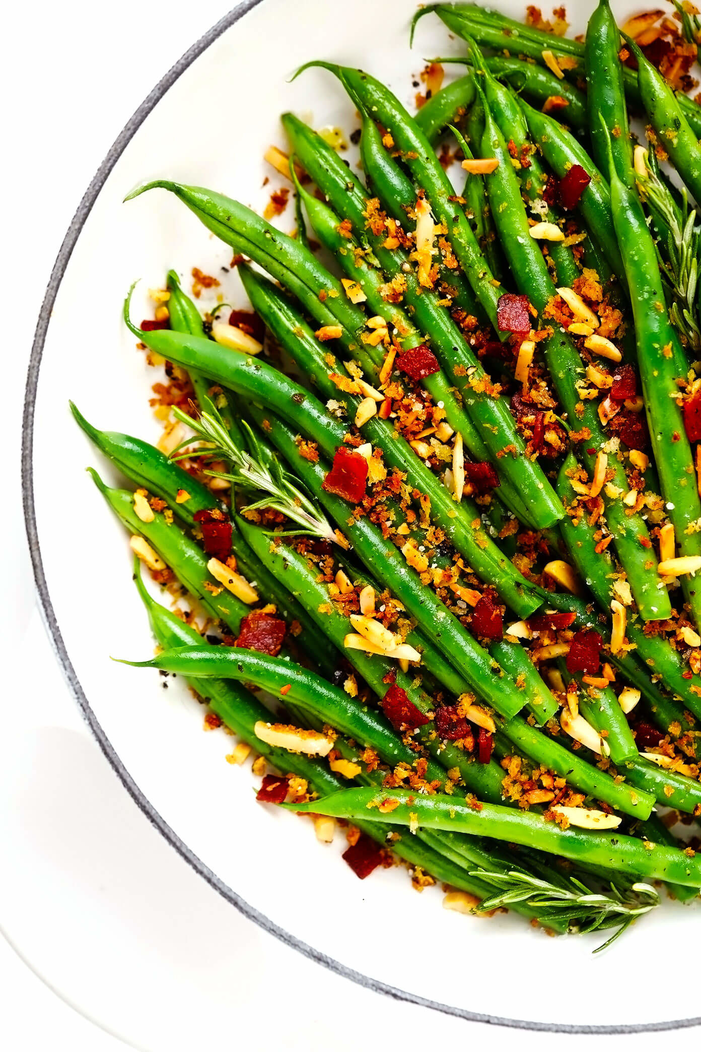 Green beans with bacon breadcrumbs