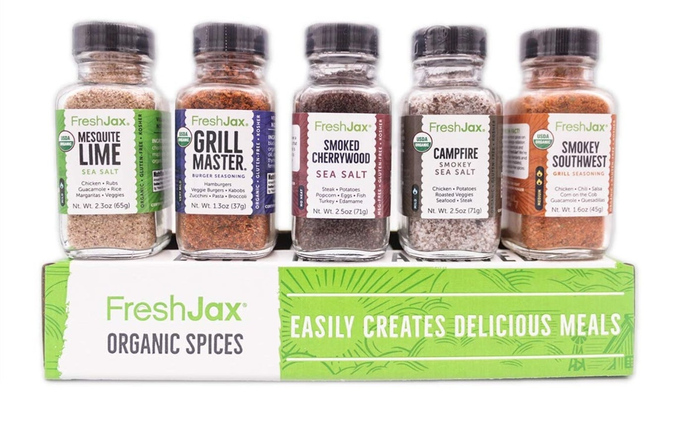 The five piece spice set in smoked flavors