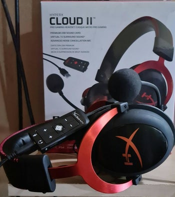 a reviewer's photo of the headset