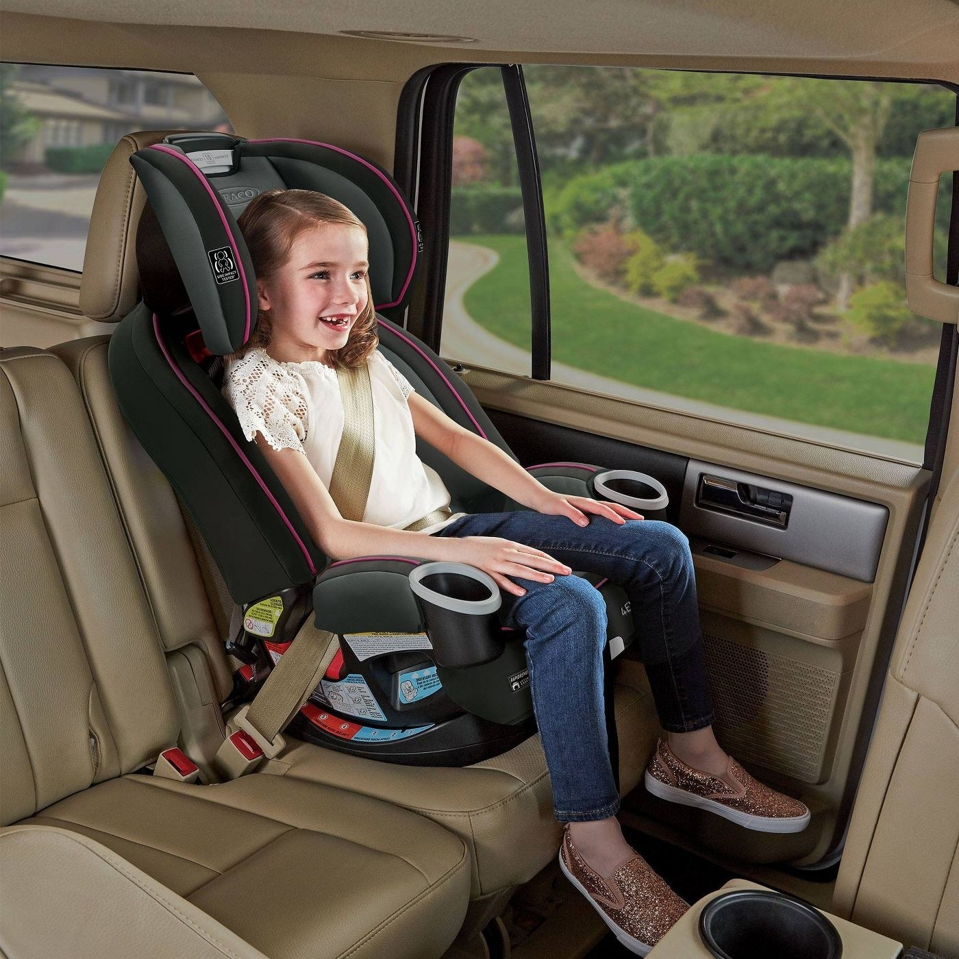 A child sitting in the car seat