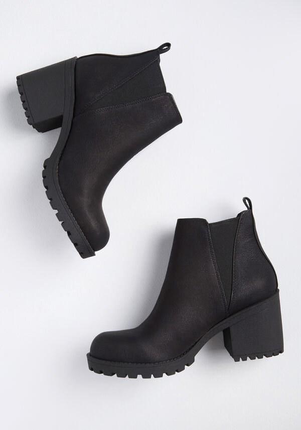 chunky heeled pull on booties