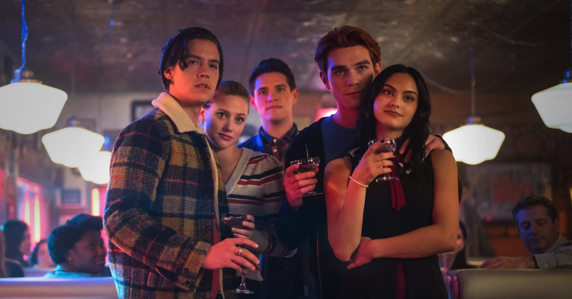 Jughead, Betty, Kevin, Archie and Veronica having a drink in Pop's
