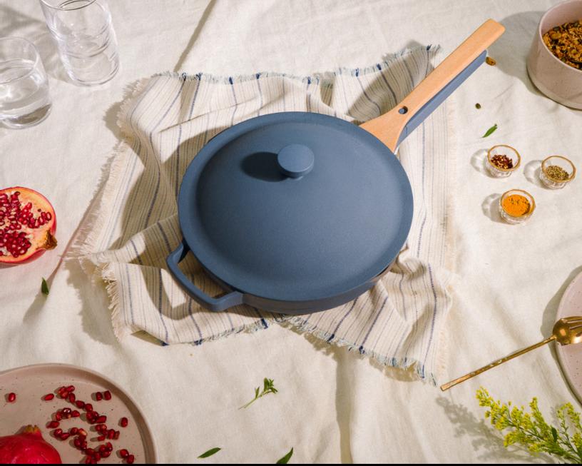 The blue salt pan and nesting beechwood spatula