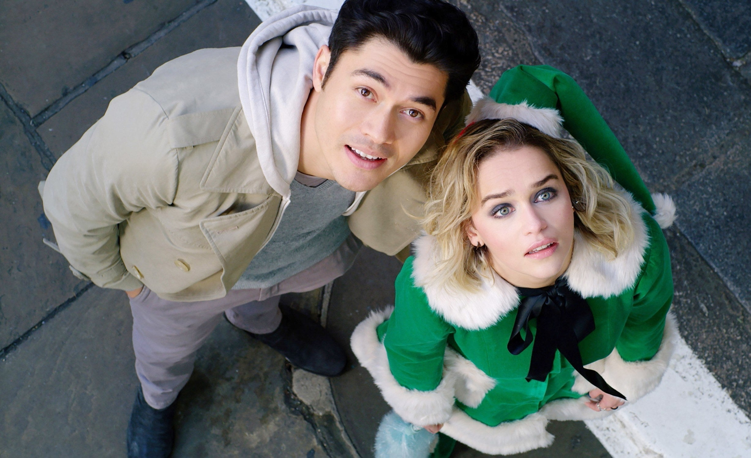 """Henry Golding and Emilia Clarke in """"Last Christmas"""""""