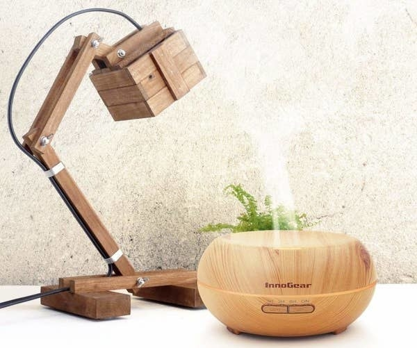 The  wooden aromatherapy diffuser