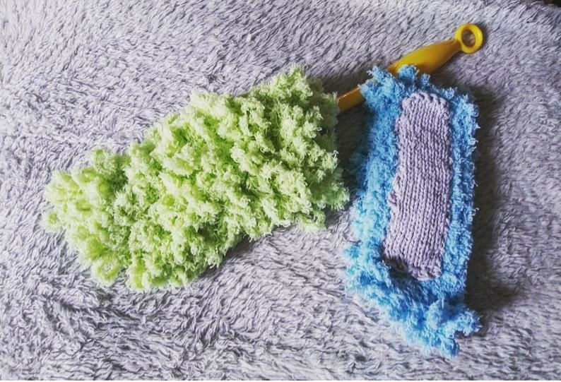 the duster in green with an additional blue duster pad next to it