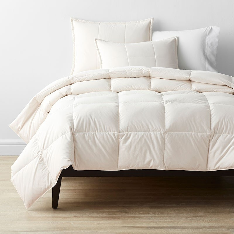 LaCrosse RDS Certified down comforter in ivory