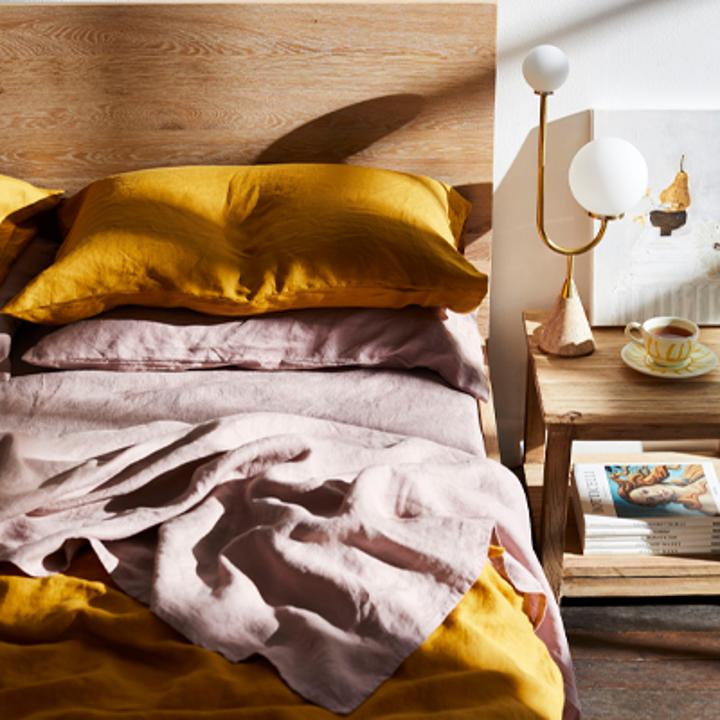 The linen set in turmeric