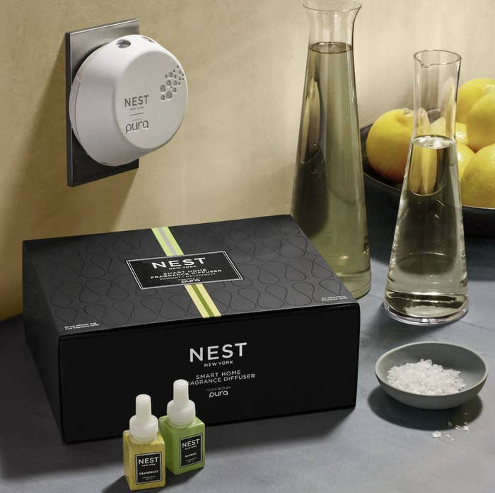 Pura Smart Home Fragrance Diffuser Set