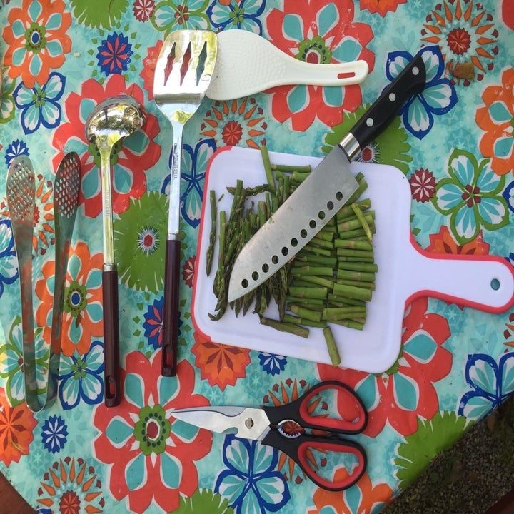 Reviewer photo of all the utensils included