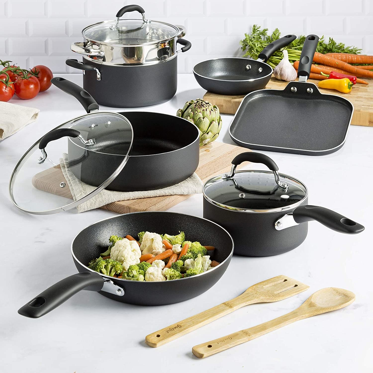 non-stick cooking set in black with all of the included items