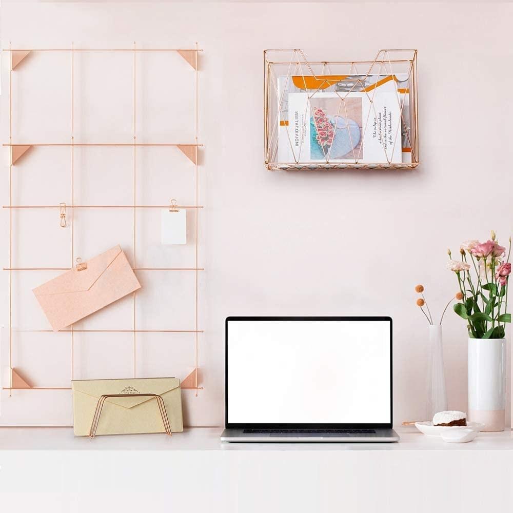 The rose gold desk accessory set